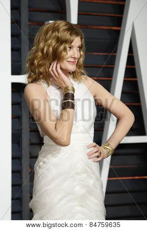 LOS ANGELES - FEB 22:  Rene Russo at the Vanity Fair Oscar Party 2015 at the Wallis Annenberg Center for the Performing Arts on February 22, 2015 in Beverly Hills, CA