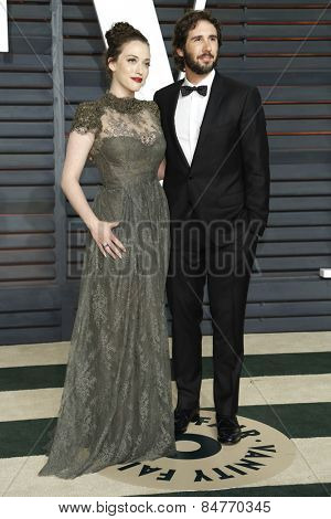 LOS ANGELES - FEB 22:  Kat Dennings, Josh Groban at the Vanity Fair Oscar Party 2015 at the Wallis Annenberg Center for the Performing Arts on February 22, 2015 in Beverly Hills, CA