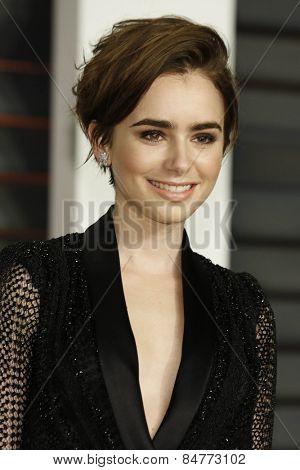 LOS ANGELES - FEB 22:  Lily Collins at the Vanity Fair Oscar Party 2015 at the Wallis Annenberg Center for the Performing Arts on February 22, 2015 in Beverly Hills, CA