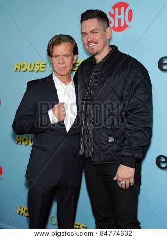 LOS ANGELES - JAN 05:  William H. Macy & Steve Howey arrives the Showtime celebrates all-new seasons of Shameless, House of Lies and Episodes  on January 5, 2015 in West Hollywood, CA