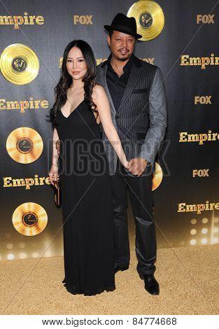LOS ANGELES - JAN 06:  Terrence Howard & Miranda Howard arrives to the