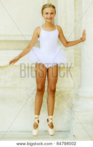 Ballet, ballerina - young and beautiful ballet dancer, portrait