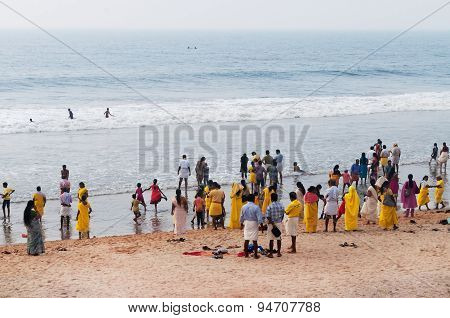 Pilgrims  On The Papanasam Beach. Varkala