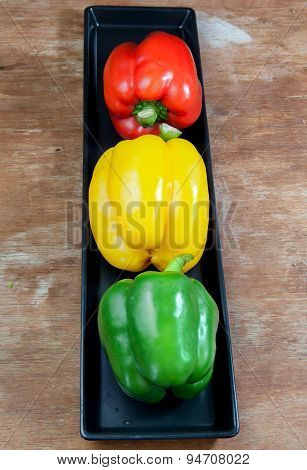 Bell Pepper Fresh Green, Yellow And Red