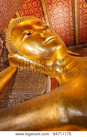 The Reclining Buddha at Wat Pho (Pho Temple) in Bangkok, Thailand
