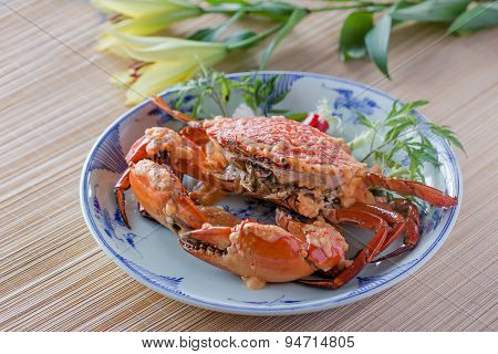 Crab with sauce