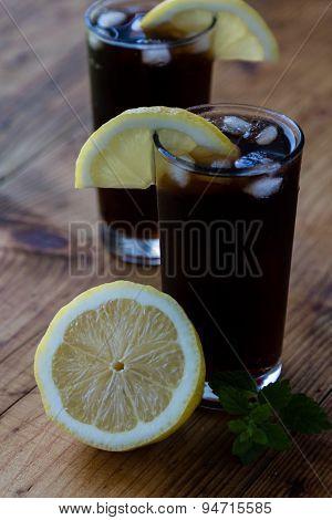 Soda Whit Ice And Lemon