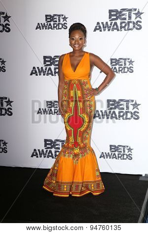 LOS ANGELES - JUN 28:  Naturi Naughton at the 2015 BET Awards - Press Room at the Microsoft Theater on June 28, 2015 in Los Angeles, CA