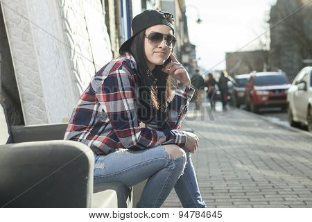 Sit woman street sofa