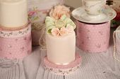 image of ombres  - Capture of delicious mini cakes with icing - JPG