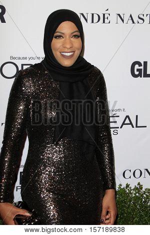 LOS ANGELES - NOV 14:  Ibtihaj Muhammad at the Glamour Women Of The Year 2016 at NeueHouse Hollywood on November 14, 2016 in Los Angeles, CA