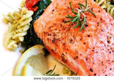 Atlantic Salmon And Pasta Salad