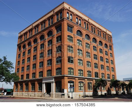 old brick building in Dallas downtown for design