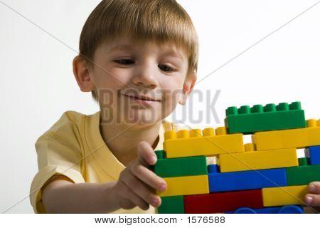 Future Constructor