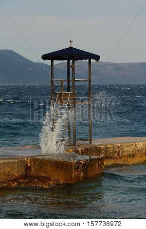 Splash - lifeguard tower in wave sprinkles