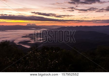 Meteorite with Sea Of Mist With Doi Luang Chiang Dao, View Form Doi Dam in Wianghaeng Chiangmai Thailand