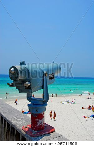 View Finder on Turquoise Beach in Summertime