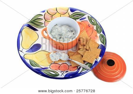 Spicy Spinach Dip And Wheat Thins
