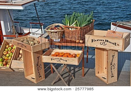 SEATTLE- NOVEMBER 9:  Fresh produce is sold at Lake Union's Floating Farmers Market