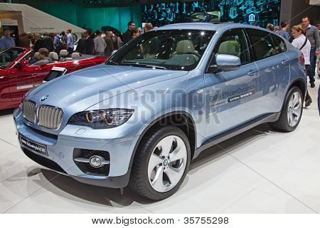 GENEVA - MARCH 8: The BMW X6 on display at the 81st International Motor Show Palexpo-Geneva on March 8, 2011 in Geneva, Switzerland.