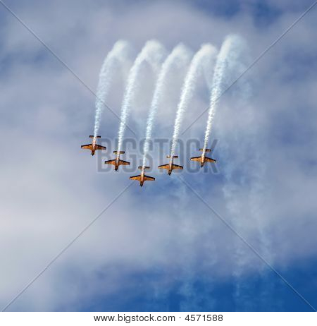 New Zealand Airforce Red Checkers Aerobatic Team