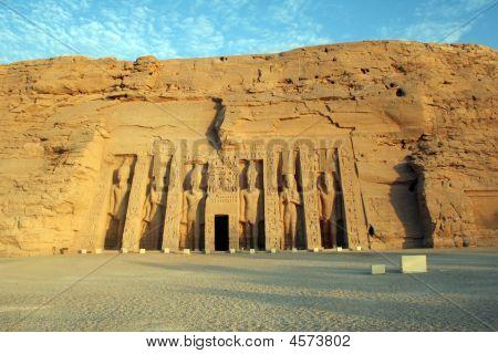 Abu Simbel - Temple Of Hathor & Nefertari