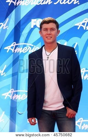 LOS ANGELES - MAY 16:  Scotty McCreery arrives at the American Idol Season 12 Finale at the Nokia Theater at LA Live on May 16, 2013 in Los Angeles, CA