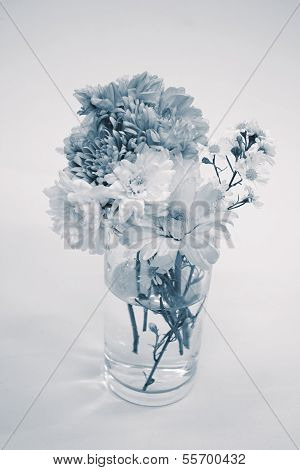 Bouquet  In Monotone Color