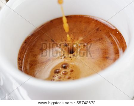 Extraction Of Espresso With Rich Crema In Cup