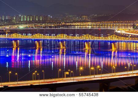 Han Gang in Seoul city at night