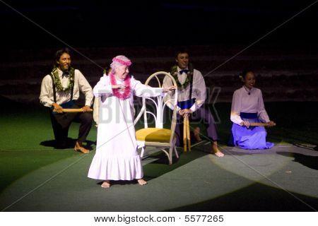 Elder Hawaiian Dancer