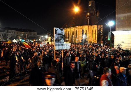 Romanians protesting against Prime Minister Victor Ponta