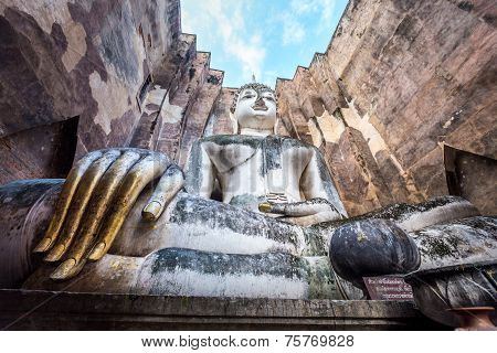 Phra Atchana, the big image of Buddha, in Sri Chum temple, the Sukhothai Historic Park, Thailand