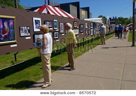 Streetside Art Show