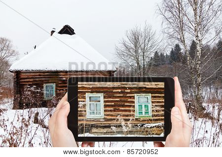 Tourist Photographs Of Wall Of Rustic House