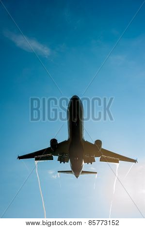 Big Passenger Airplane Comes In To Land