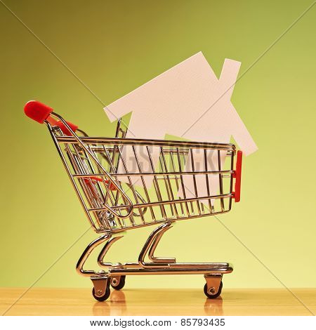 House shape inside shopping cart
