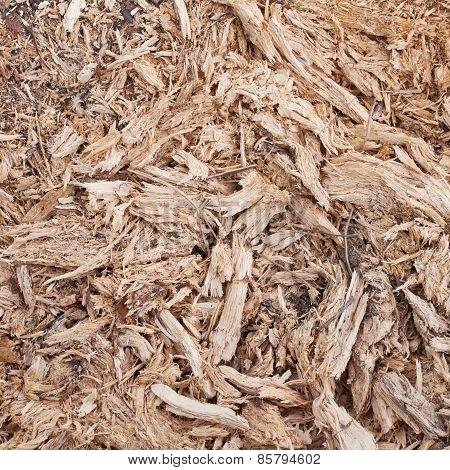 Wood flakes and fibers