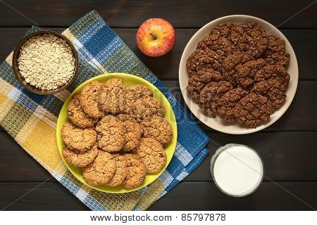 Chocolate and Apple Oatmeal Cookies