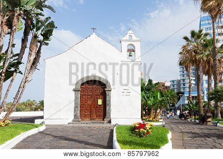 Typical canarian church in Puerto de la Cruz, Tenerife