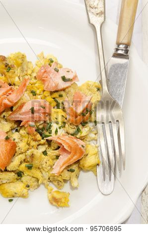 Scrambled Eggs With Salmon And Dill