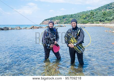 Female Scuba Divers