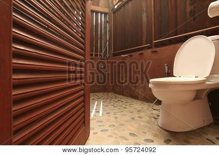 Design Of Wooden Toilet