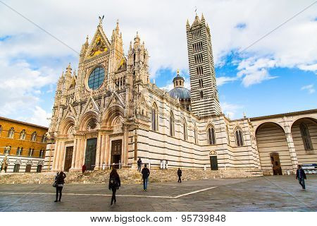Siena Cathedral, Duomo Di Siena, Italy And People Around It