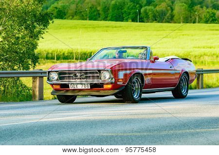 Ford Mustang Red 1972