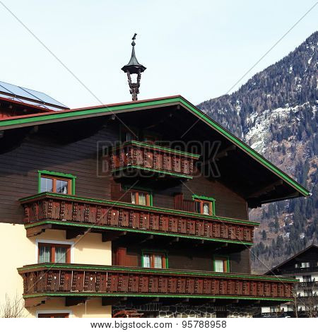 Tradition Alpine Mountain House(Austria)