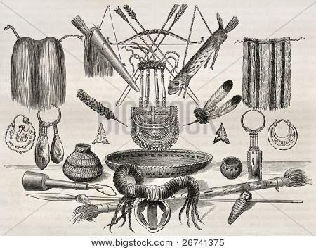 Antiga ilustração de armas, ornamentos e utensílios de pessoas Mohaves, Yampays e Chimehwhuebes. CR