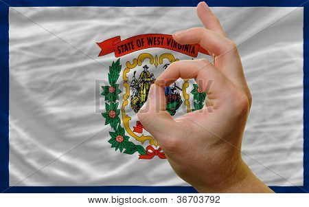 o.k. vor West Virginia Geste uns Staatsflagge