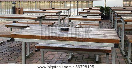 Alfresco bar
