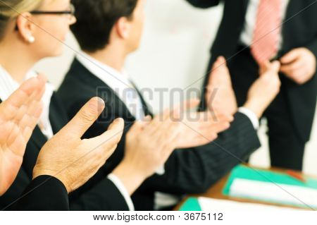 Business Presentation: Applause